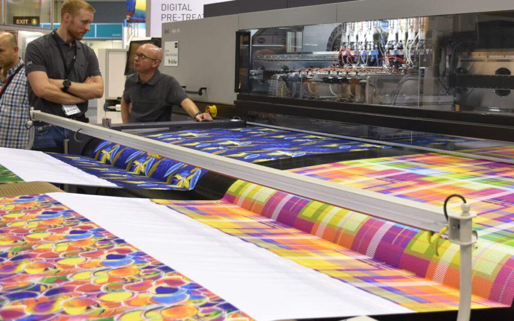Текстильные печатные машины продаются всё лучше